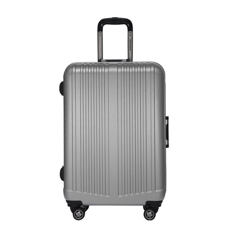 24寸和26寸行李箱真人对比